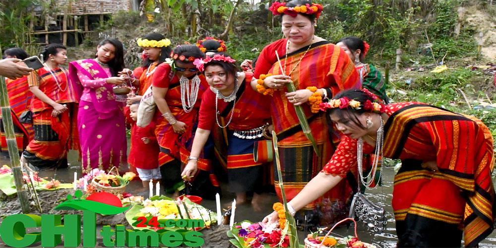 হারি বৈসু উৎসবে মেতেছে ত্রিপুরা সম্প্রদায়