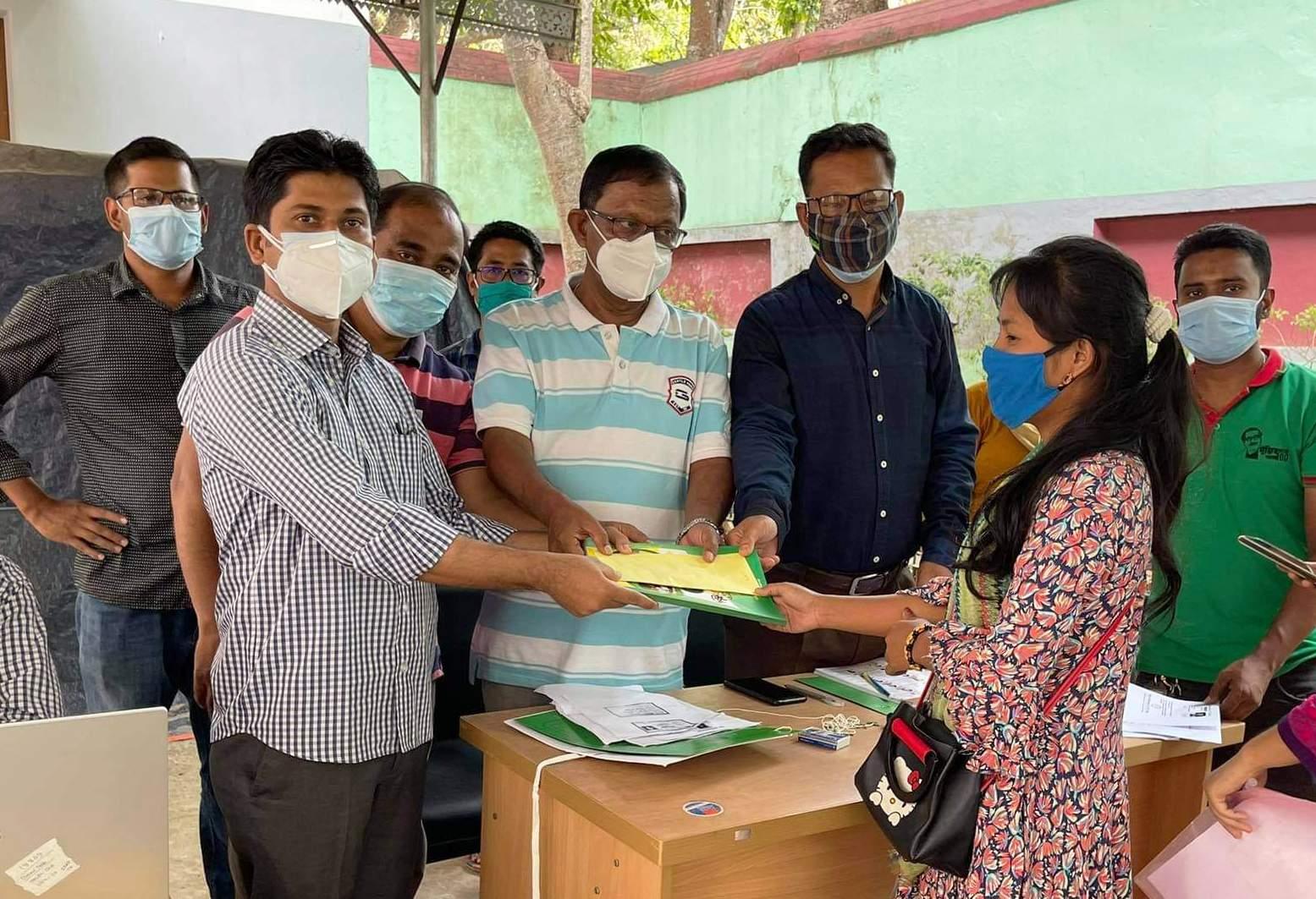 বান্দরবানে উন্নয়ন বোর্ডের শিক্ষা বৃত্তি বিতরণ শুরু