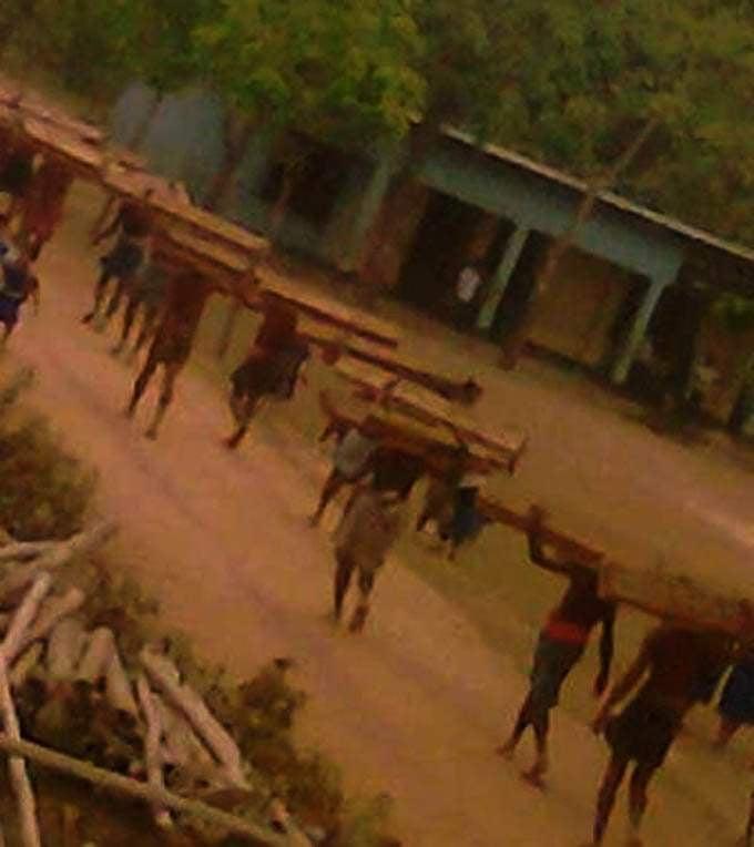 কর্ণফুলী নদী ও কাপ্তাই-চট্টগ্রাম সড়ক পথে অবৈধ কাঠ